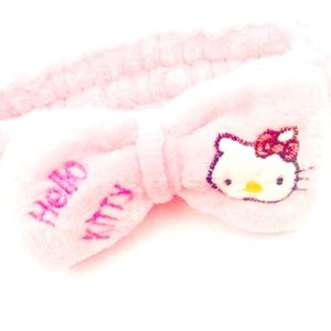 Accessories - NWT HELLO KITTY PINK HEADBAND WITH BOW